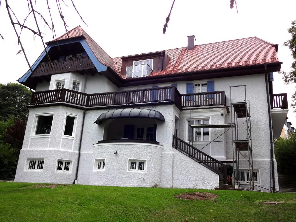 Balkonsanierung: Holzbalkon von Tobias Greinwald – Zimmerei / Bautenschutz / Trockenbau