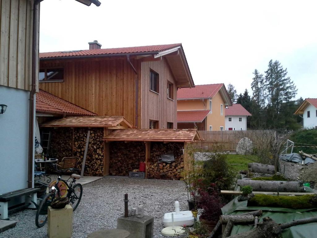 Nutzgebäude aus Holz: Fertiggestelltes Holzlager von Tobias Greinwald – Zimmerei / Bautenschutz / Trockenbau